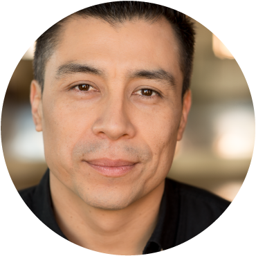 Victor Quijada smiling headshot